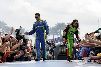 Casey Mears, Germain Racing  and Danica Patrick, Stewart-Haas Racing Chevrolet