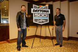 Champion's breakfast: New Logo for the Daytona 500 2015 with Dale Earnhardt Jr., Hendrick Motorsports Chevrolet and Joe Chitwood, President of DIS