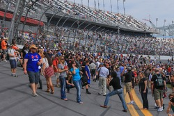 Fans on the tri-oval banking
