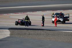 Fernando Alonso, Scuderia Ferrari stops on track