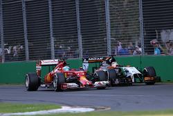 Fernando Alonso, Scuderia Ferrari and Nico Hulkenberg, Sahara Force India  16