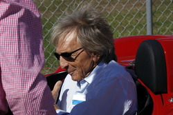 Derek Bell with the Ferrari 250 Testa Rossa