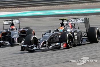 Esteban Gutierrez (MEX), Sauber F1 Team and Adrian Sutil (GER), Sauber F1 Team  30