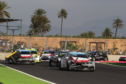 Crash, Yvan Muller, Citroën C-Elysee WTCC, Citroën Total WTCC