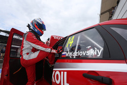 Mikhail Kozlovskiy, LADA Granta 1.6T, LADA Sport Lukoil and Gianni Morbidelli, Chevrolet RML Cruze TC1, ALL-INKL_COM Munnich Motorsport