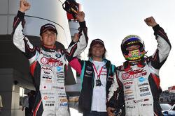 GT300 winners Nobuteru Taniguchi, Tatsuya Kataoka