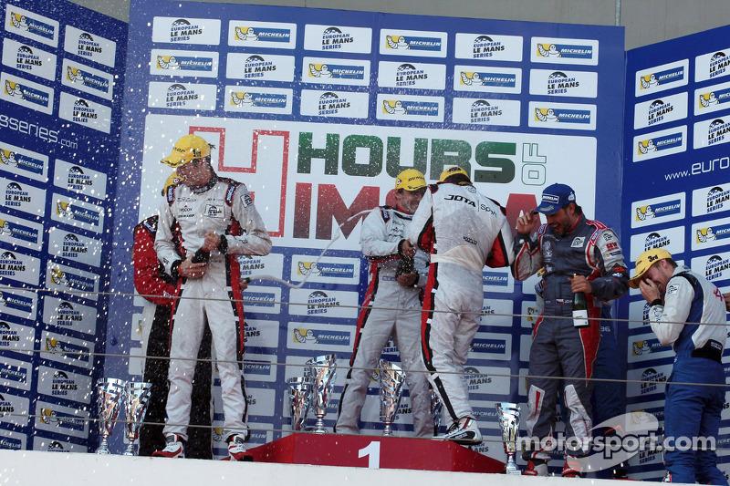 Podium: race winners Simon Dolan, Harry Tincknell, Filipe Albuquerque, second place Jan Charouz, Vincent Capillaire, third place Nelson Panciatici, Oliver Webb, Paul Loup Chatin
