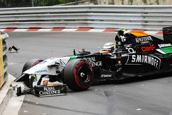 Sergio Perez, Sahara Force India F1 VJM07 crashed out at the start of the race