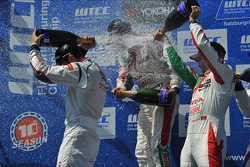 Podium: winner Jose Maria Lopez, second place Gabriele Tarquini, third place Tiago Monteiro