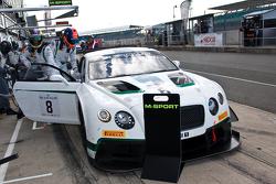 #8 M-Sport Bentley Bentley Continental GT3:Jérôme d'Ambrosio, Antoine Leclerc, Duncan Tappy