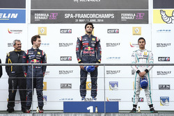 Podium: race winner Carlos Sainz Jr., second place Pierre Gasly, third place Jazeman Jaafar
