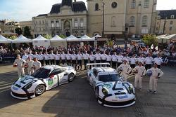 #91 Porsche Team Manthey Porsche 911 RSR (991): Patrick Pilet, Jörg Bergmeister, Nick Tandy, #92 Porsche Team Manthey Porsche 911 RSR (991): Marco Holzer, Frédéric Makowiecki, Richard Lietz