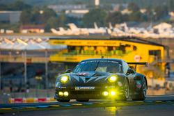 #77 Dempsey Racing - Proton Porsche 911 RSR (991): Patrick Dempsey, Joe Foster, Patrick Long