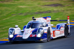 #8 Toyota Racing Toyota TS 040 - Hybrid: Anthony Davidson, Nicolas Lapierre, Sebastien Buemi