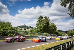 Start: #31 Car Collection Motorsport Mercedes-Benz SLS AMG GT3: Peter Schmidt, Christian Bracke, Heinz Schmersal, Horst Felbermayr Jr. and #62 Teichmann Racing Porsche 911 GT3 Cup: Alex Autumn, Kris Cools