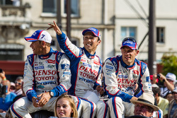 Stéphane Sarrazin, Kazuki Nakajima and Alexander Wurz