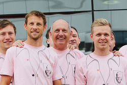 F1: Jenson Button, McLaren; Ron Dennis, McLaren Executive Chairman; Kevin Magnussen, McLaren; and the McLaren team wear Pink for Papa, in tribute to the late John Button