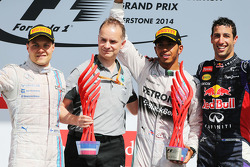 The podium, Mercedes AMG F1, second; Lewis Hamilton, Mercedes AMG F1, race winner; Daniel Ricciardo, Red Bull Racing, third