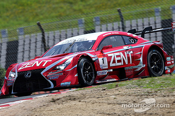 #1 Zent Cerumo Toyota RC-F: Yuji Tachikawa, Kohei Hirate