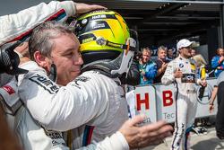 Parc fermé: Timo Glock, BMW Team MTEK BMW M4 DTM celebrates