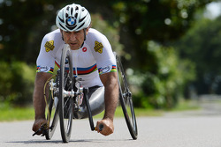 Alex Zanardi prepares for triathlon
