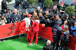 Fernando Alonso, Ferrari and Daniel Ricciardo, Red Bull Racing with the media