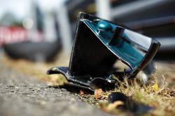 F1: Damaged Mercedes AMG F1 W05 front wing debris of Nico Rosberg, Mercedes AMG F1
