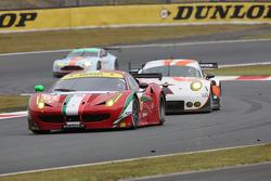 #61 AF Corse Ferrari 458 Italia: Bret Curtis, Jeroen Bleekemolen, Mike Skeen