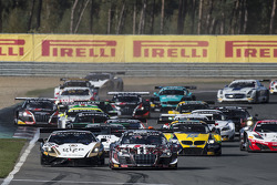 Start: #1 Belgian Audi Club Team WRT Audi R8 LMS Ultra: Cesar Ramos, Laurens Vanthoor leads