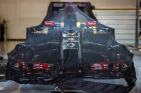 The Lotus F1 E22 of Romain Grosjean, Lotus F1 Team in parc ferme