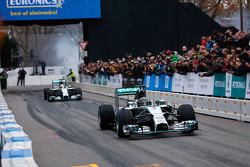 Nico Rosberg and Lewis Hamilton, Mercedes AMG F1 W05
