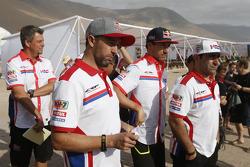 Helder Rodrigues, Joan Barreda, Paulo Goncalves on bike rest day