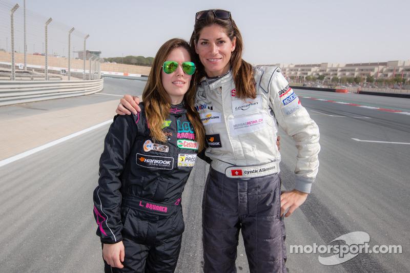 Lisa Brunner Und Cyndie Allemann Bei 24 Stunden Von Dubai