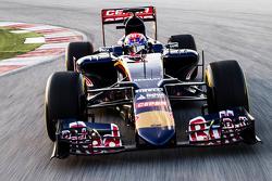 Max Verstappen bestuurt de Toro Rosso STR10