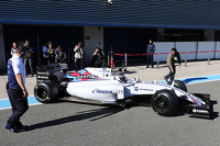 Valtteri Bottas, Williams FW37 in the pits