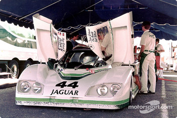 #44 Group 44 Jaguar XJR-5: Bob Tullius, Brian Redman, Doc Bundy