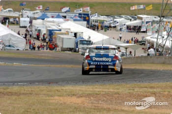 Mark Winterbottom rounds Corporate Hill