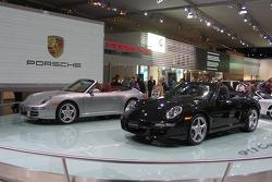 Porsche Carrera Cabrio twins