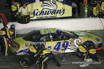 Pitstop at the end of the first segment: Ken Schrader