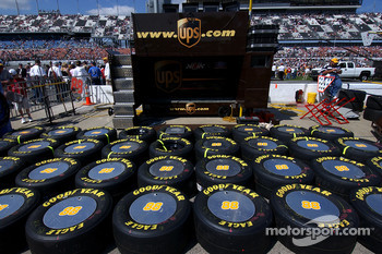 Dale Jarrett tire supply