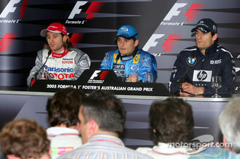 Press conference: pole winner Giancarlo Fisichella with Jarno Trulli and Mark Webber
