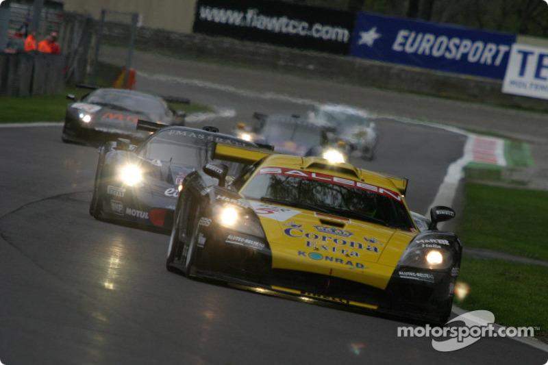 #5 Konrad Motorsport Saleen S7 R: Robert Lechner, Walter Lechner Jr., Franz Konrad
