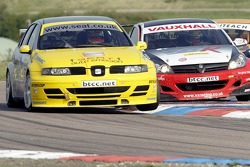 #57 SEAT Sport UKs Luke Hines side by side with #6 Colin Turkington of VX Racing