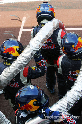 Red Bull Racing fuel crew