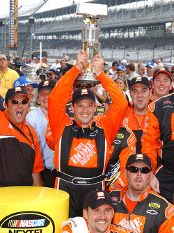 NASCAR-CUP: Victory lane: race winner Tony Stewart celebrates