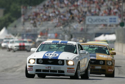 Restart: #05 Multimatic Motorsports Mustang GT: Scott Maxwell, David Empringham leads the field