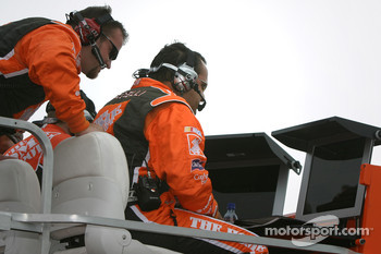 Greg Zipadelli watches Tony Stewart heads to victory