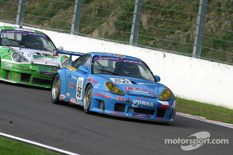 #56 Czech National Team Porsche 996 GT3-RS: Jan Vonka, Miro Konopka, Antonio De Castro