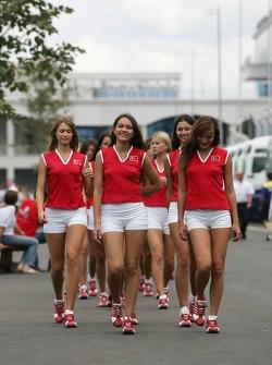 Grid girls head to pre-race ceremony