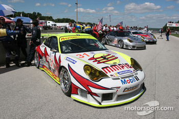 Petersen Motorsports/White Lightning Racing Porsche 911 GT3 RSR